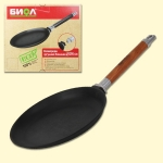 A cast iron skillet for pancakes, diameter 24cm, with removable handle